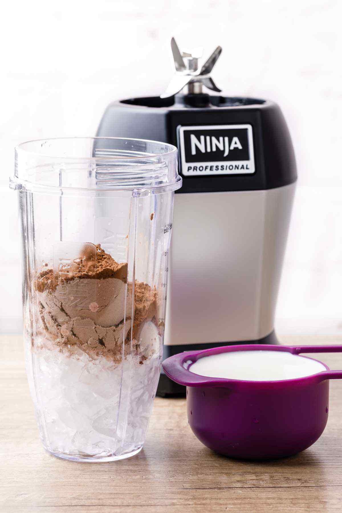 Low Carb Chocolate Protein Shake