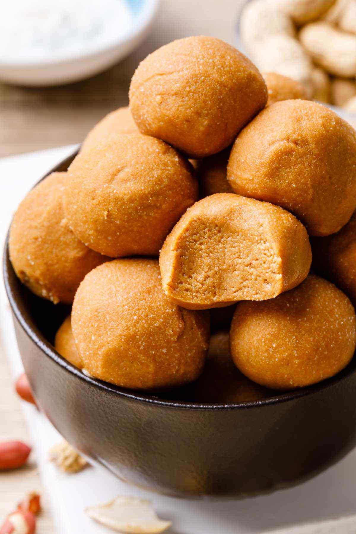 3-Ingredient Peanut Butter Fat Bombs