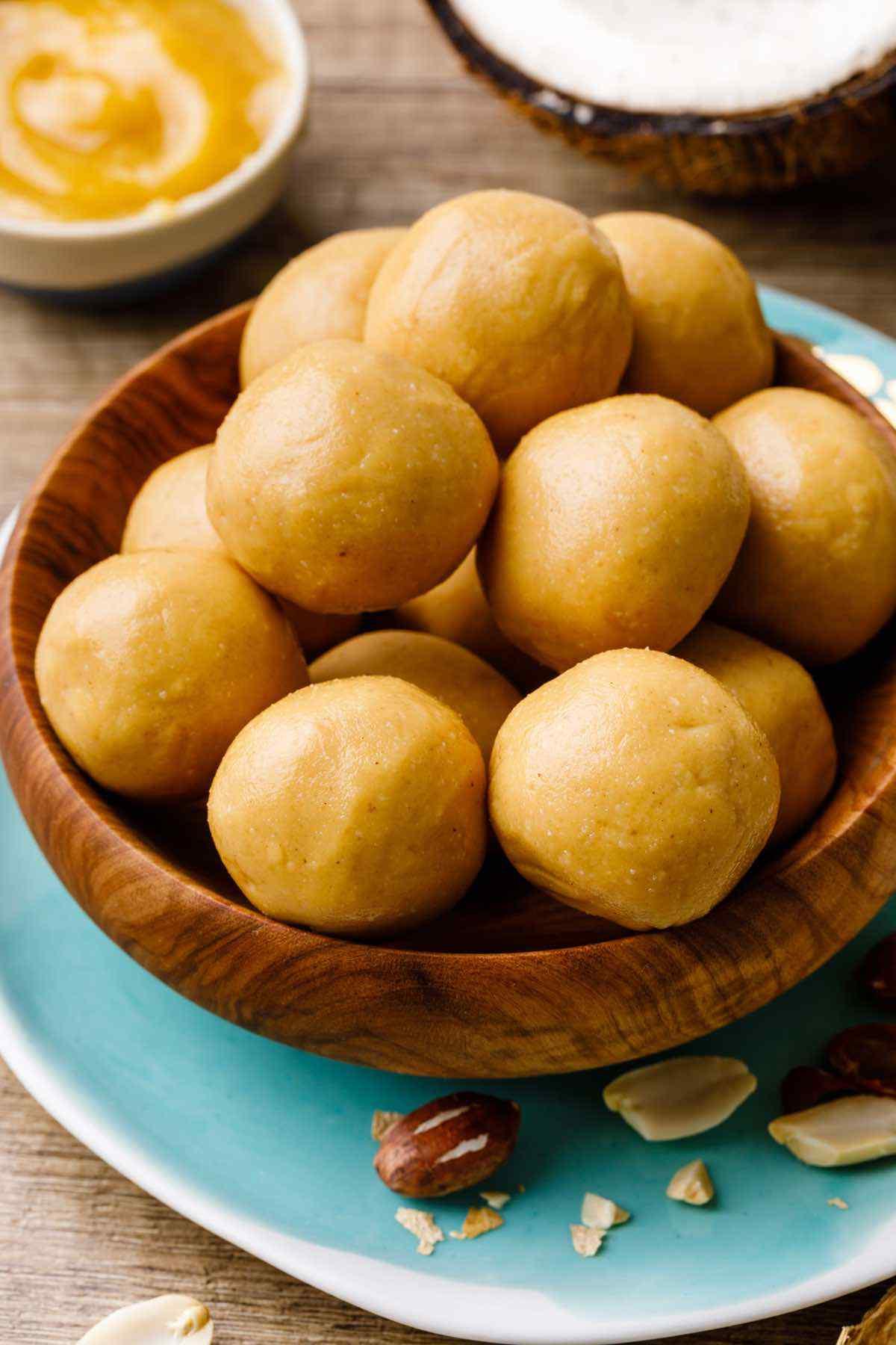 Homemade 3-Ingredient Peanut Butter Protein Balls