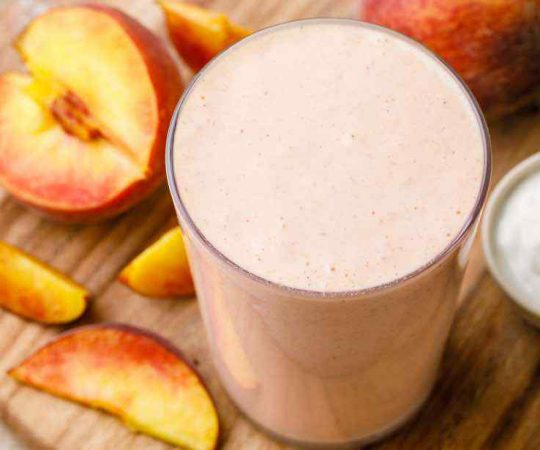 High Protein Greek Yogurt Smoothie