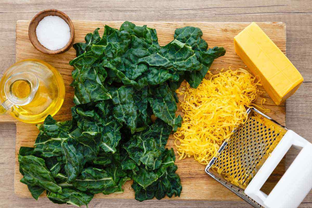 Air Fryer Cheesy Keto Kale Chips
