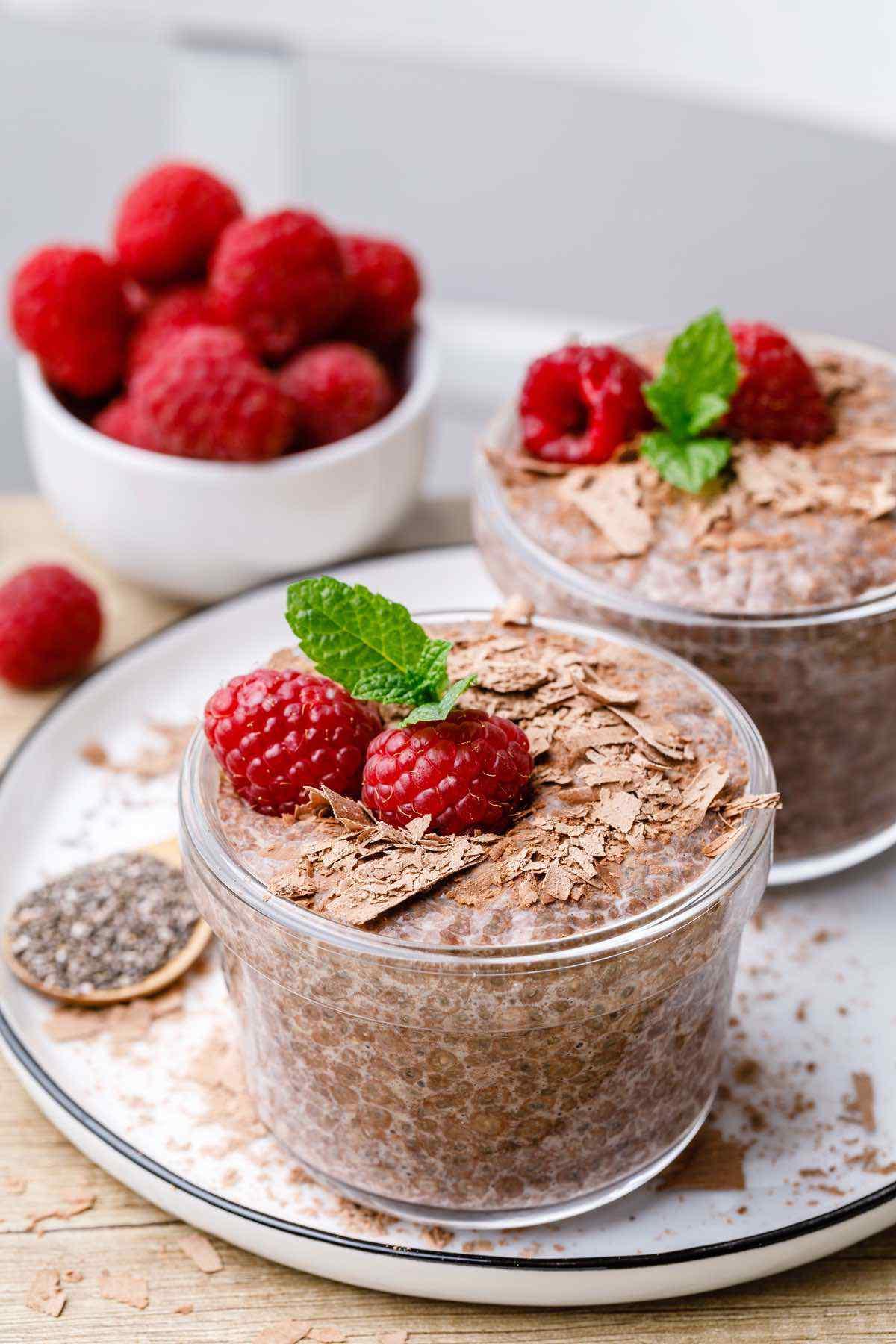 Easy 4-Ingredient Chocolate Keto Chia Pudding