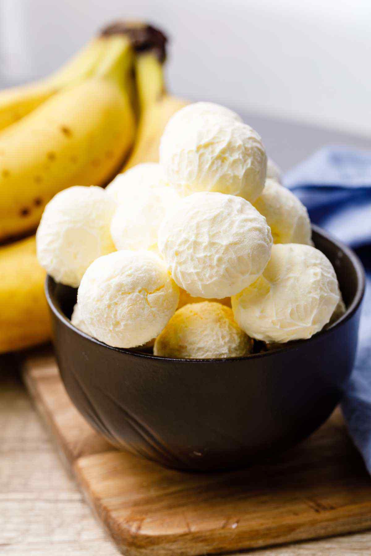 Banana Cream Pie Fat Bombs