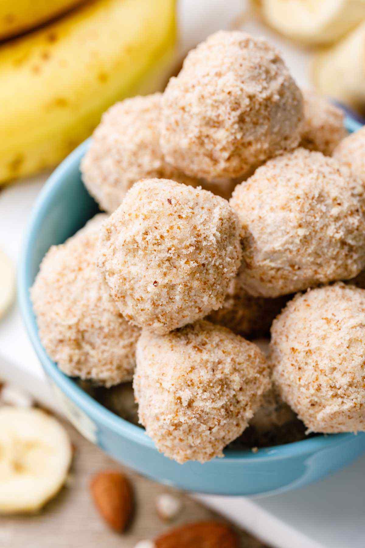 Cinnamon Banana Bread Fat Bombs